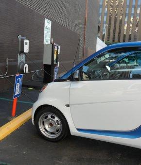 Ustawa o elektromobilności – szansa czy ryzyko?